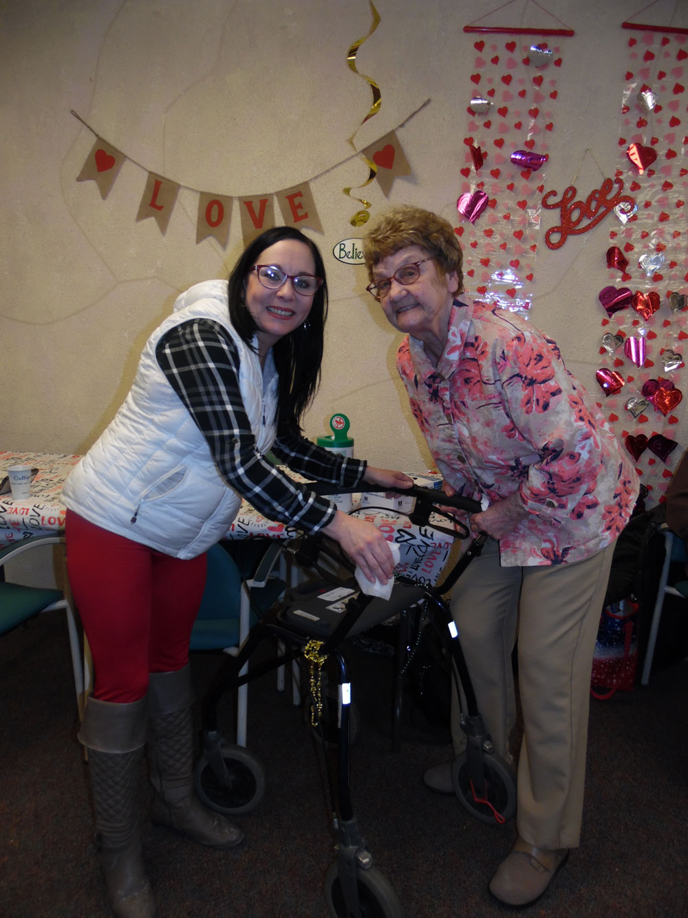 Immanuel Courtyard residents receive a balance check up by Home Nursing and Heart