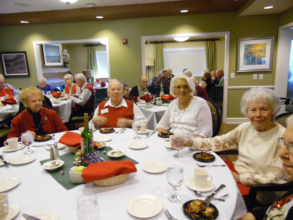 Pacific Springs Village residents at Immanuel celebrate Christmas at the community's holiday party.